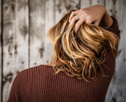 Hair Breakage Causes and Remedies Treatment by Dermatologist